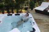 Jacuzzi gedeelte in luxe zwemspa